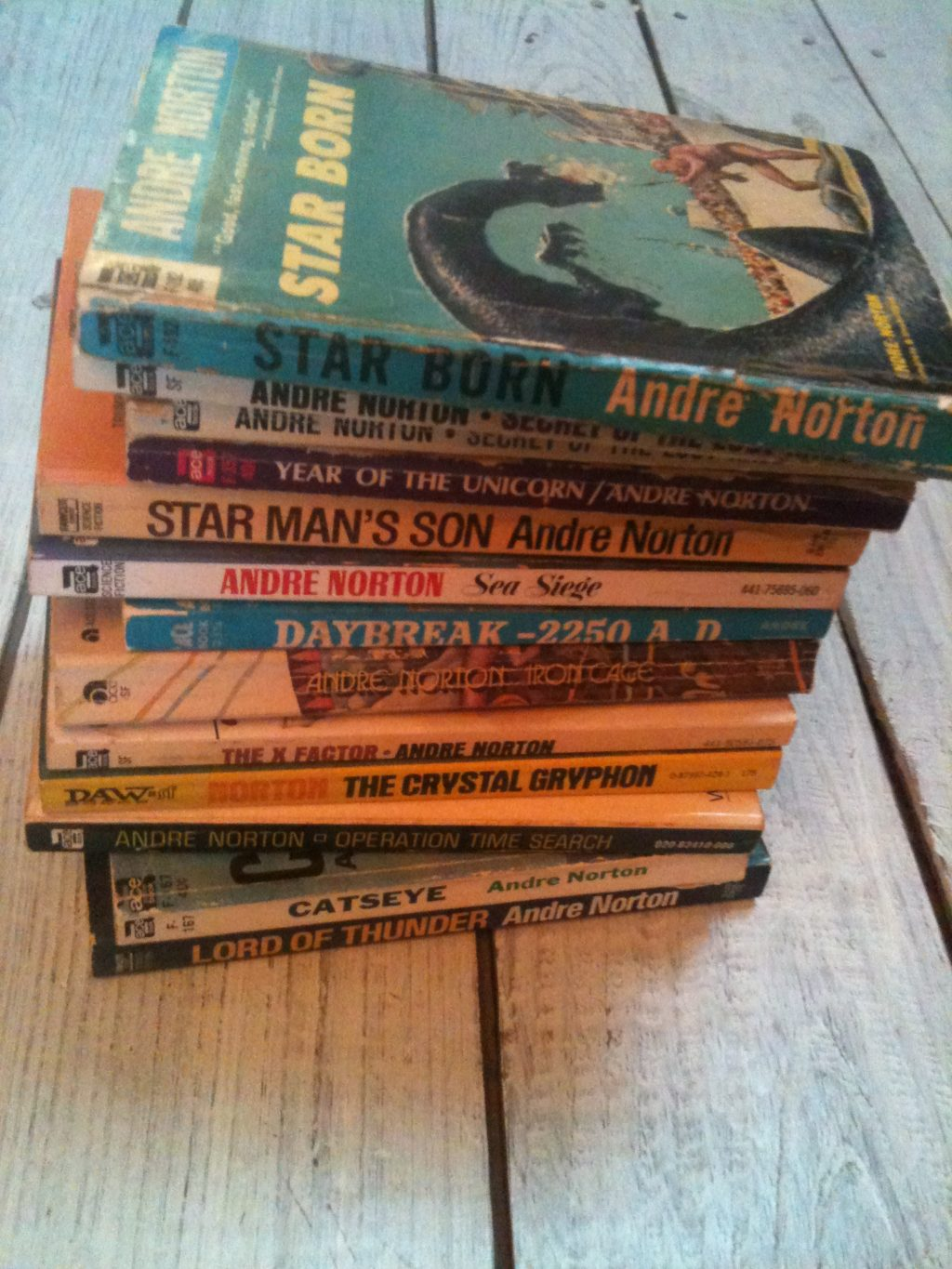 Old Sci Fi Books are Great Gifts!